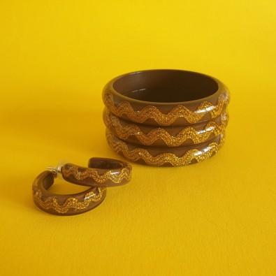 Esma Thin Rick Rack Queenie Bangle Coco / Gold