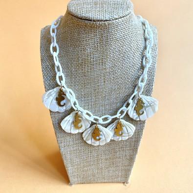 Seahorses Pearl Necklace