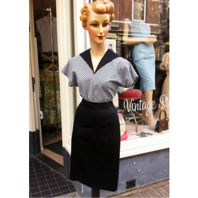 Bettie Black Pencil Skirt